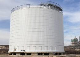 Double walled ammonia storage tank