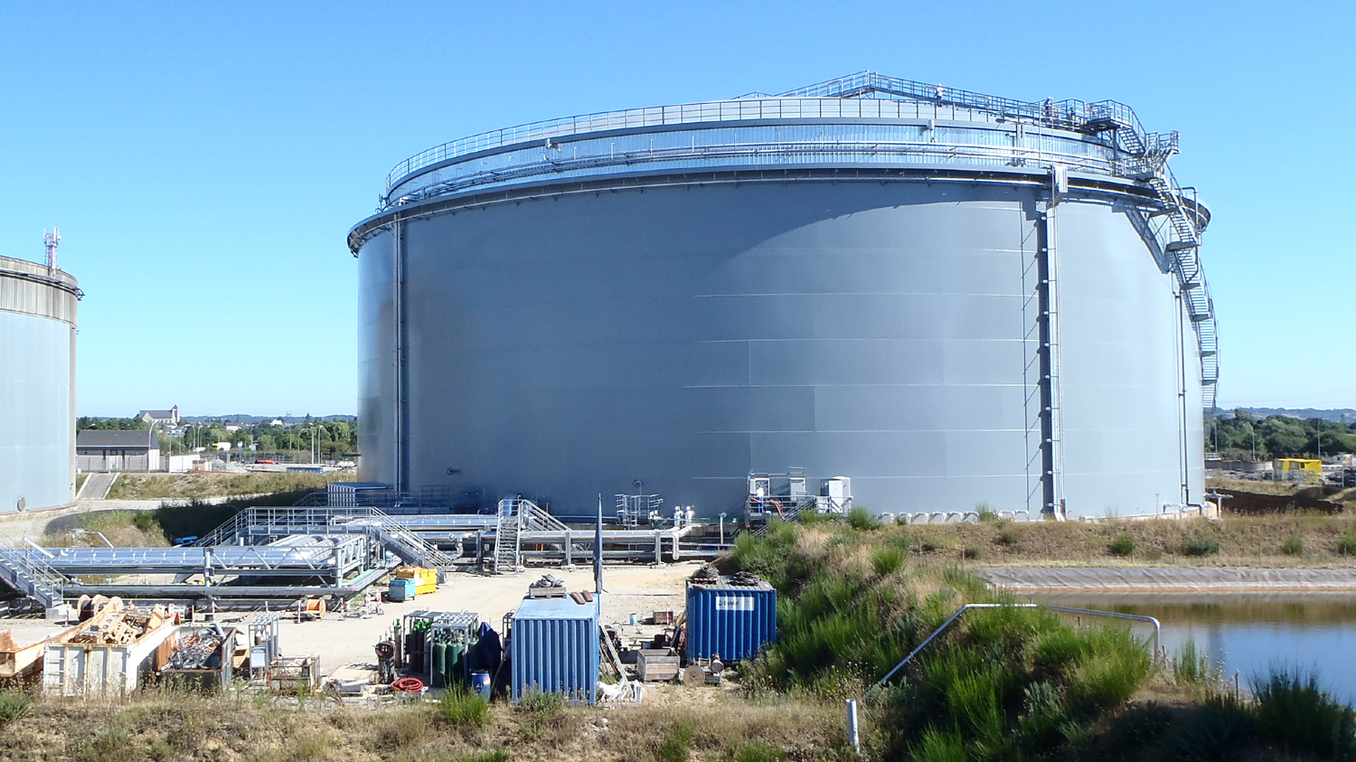 Double Walled Heavy Fuels Storage Tank Of 65 000 M 179