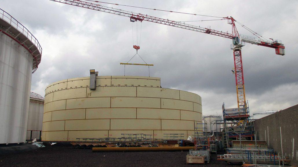 Storage tank for gasoil
