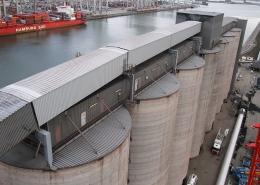 Conveyor bridge sections